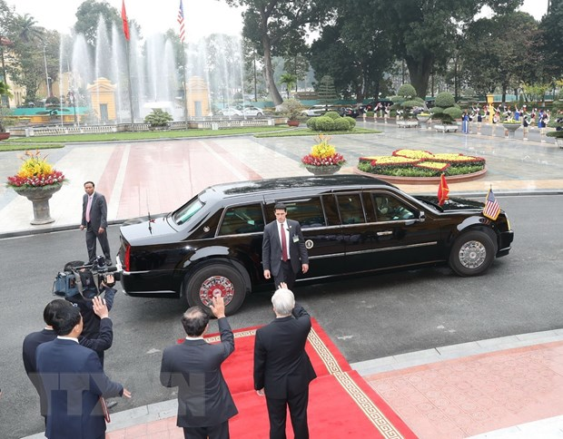 Ong Trump khen ong Kim trong cuoc gap dau tien o Metropole hinh anh 38
