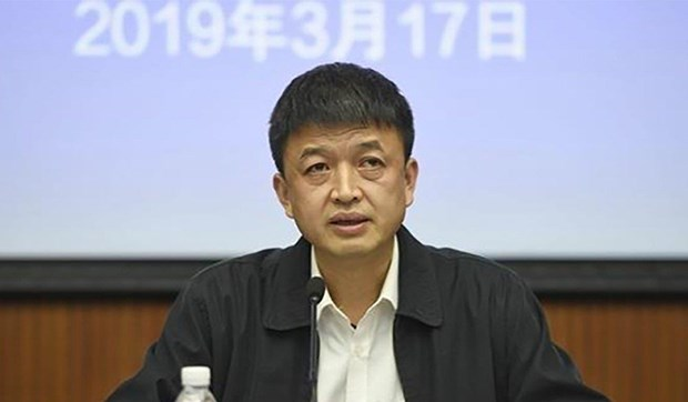 Trung Quoc: Phat hien thuc pham moc, hieu truong truong bi sa thai hinh anh 1