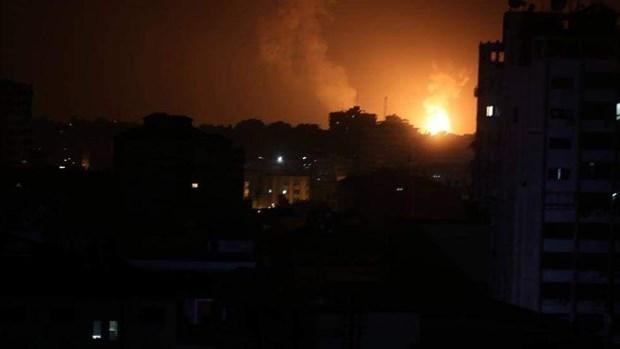 May bay chien dau Israel tan cong vi tri cua Hamas tai Gaza hinh anh 1