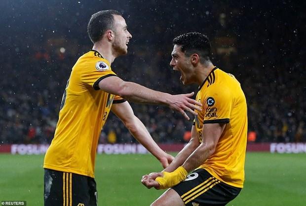 Manchester United lại phải 'nếm trái đắng' trước Wolverhampton - 4