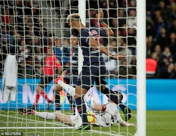 Pha bo lo 'sieu dien ro' khien PSG chua the dang quang Ligue 1 hinh anh 1