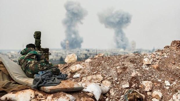 Israel khong kich mien Trung Syria, nhieu toa nha bi pha huy hinh anh 1