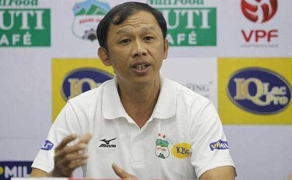 HLV Hoang Anh Gia Lai tu chuc sau tran thua dam Quang Nam hinh anh 1