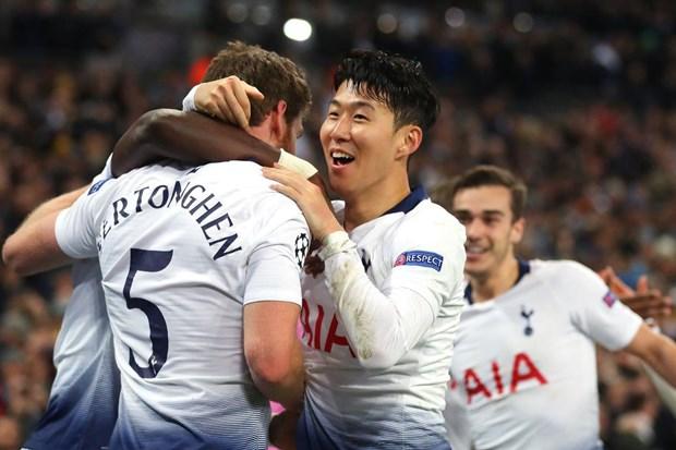 Cuc dien cuoc dua top 4 Premier League: Doi bong nao nam loi the? hinh anh 1