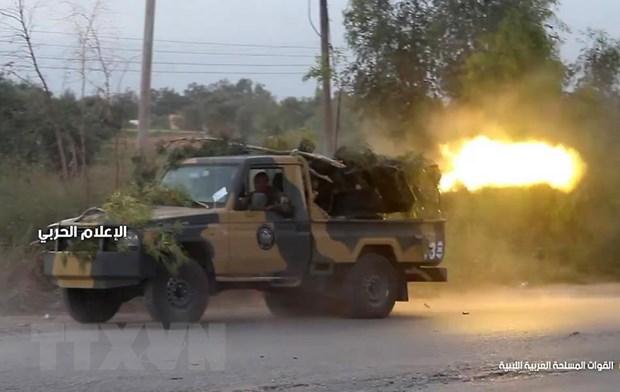 Libya: LNA len ke hoach day manh hoat dong tan cong thu do Tripoli hinh anh 1