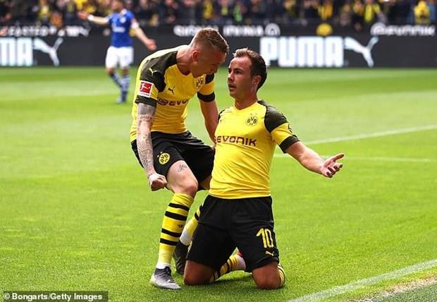 Borussia Dortmund 'dang' chuc vo dich Bundesliga cho Bayern Munich hinh anh 1