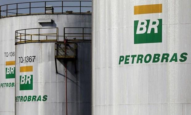 Brazil: Petrobras ban 8 nha may loc dau va he thong tram xang hinh anh 1