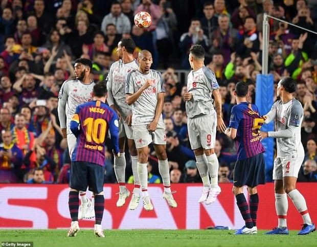 Messi toa sang ruc ro, Barcelona vui dap Liverpool tai Nou Camp hinh anh 2