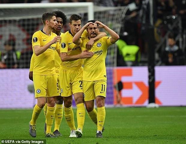 Thang dam Valencia, Arsenal gianh uu the o ban ket Europa League hinh anh 2