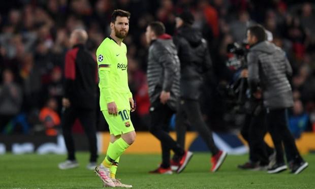Messi lang le roi Anfield sau that bai cay dang cua Barcelona hinh anh 1