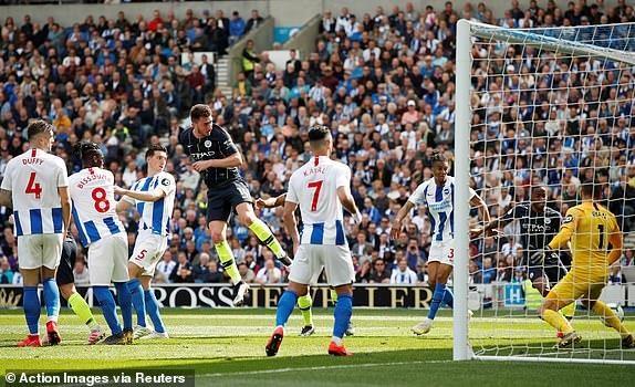 Man City dang quang Premier League sau tran thang huy diet hinh anh 16