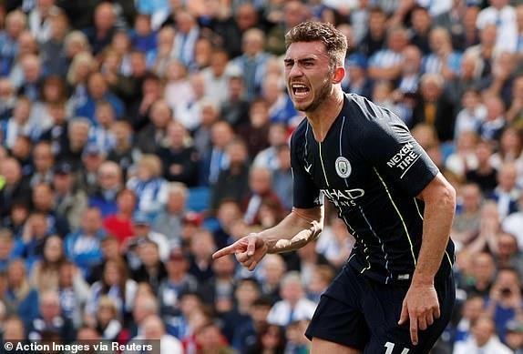 Man City dang quang Premier League sau tran thang huy diet hinh anh 18