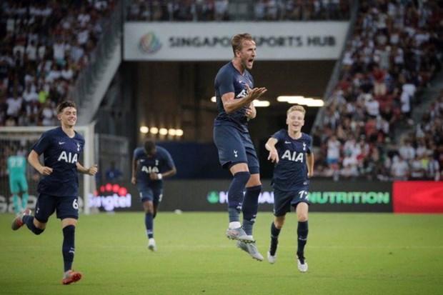 Kane lap sieu pham tu giua san, Tottenham thang kich tinh Juventus hinh anh 1