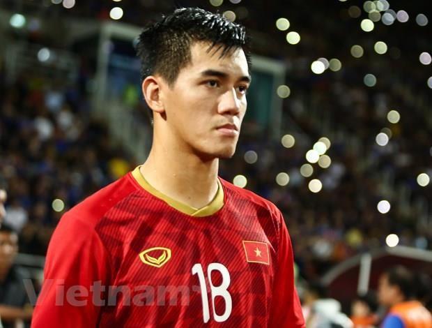 HLV Park Hang-seo gay bat ngo o doi hinh ra san tran gap Indonesia hinh anh 1