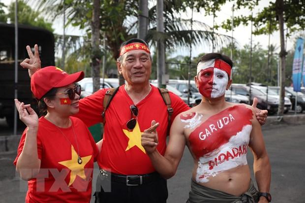 Đội tuyển Việt Nam thắng tưng bừng 3-1 ngay trên sân Indonesia - 4
