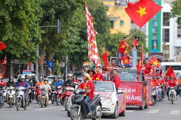 Hoa Thai Lan, doi tuyen Viet Nam van chac ngoi dau bang hinh anh 5