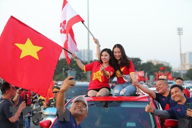 Hoa Thai Lan, doi tuyen Viet Nam van chac ngoi dau bang hinh anh 10