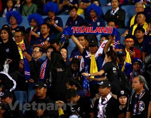 Hoa Thai Lan, doi tuyen Viet Nam van chac ngoi dau bang hinh anh 16