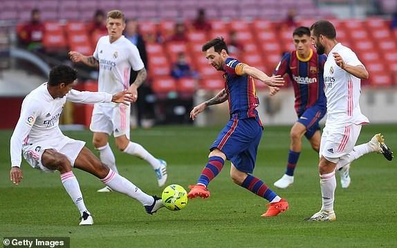 Real Madrid danh bai Barcelona o tran El Clasico thu 245 trong lich su hinh anh 9