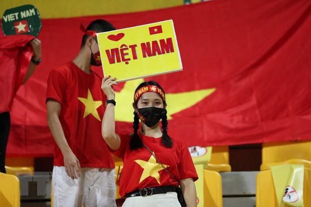 UAE-Viet Nam 3-2: Tuyen Viet Nam ngang cao dau di vao lich su hinh anh 3