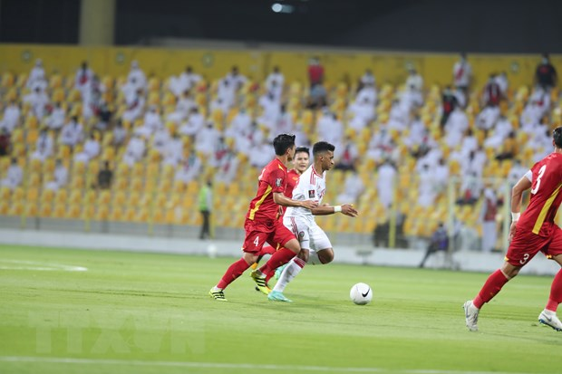 UAE-Viet Nam 3-2: Tuyen Viet Nam ngang cao dau di vao lich su hinh anh 6