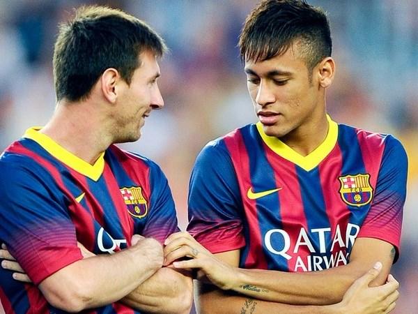 Pele: Neymar con kem xa so voi Messi va Ronaldo hinh anh 1