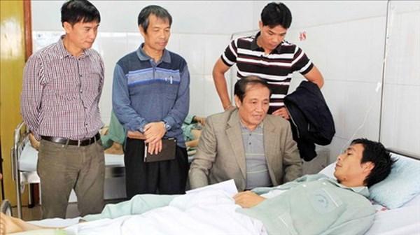 Tan Truong khong duoc bat chinh, VFF ho tro Van Nhien 20 trieu dong hinh anh 2