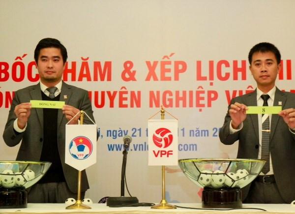 Khai mac V-League 2014: Ha Noi T&T dung Binh Duong hinh anh 1