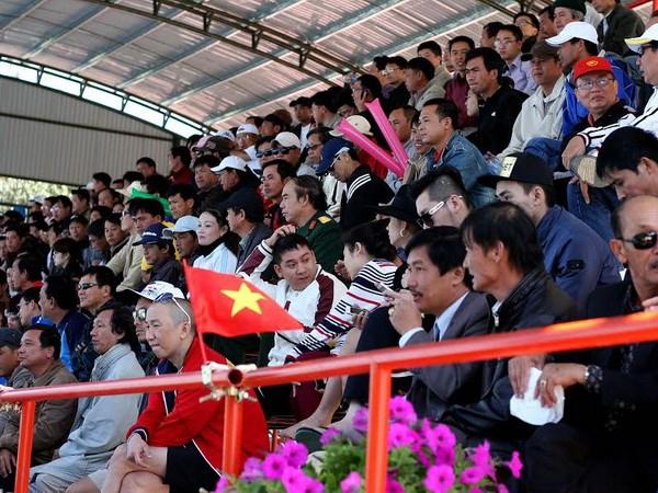 Davis Cup: Hoang Thien gianh tran thang dau cho Viet Nam hinh anh 2