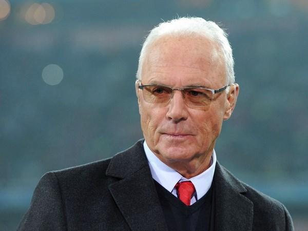Tin World Cup 29/5: Van der Vaart chia tay, Beckenbauer doa Brazil hinh anh 2