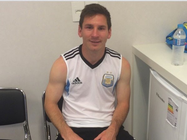 FIFA bat ngo kiem tra doping voi Messi sau