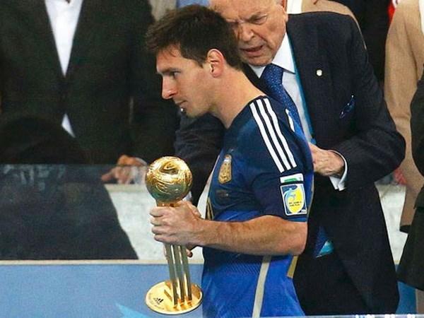 Lionel Messi gianh Qua bong vang nho nha tai tro Adidas? hinh anh 1