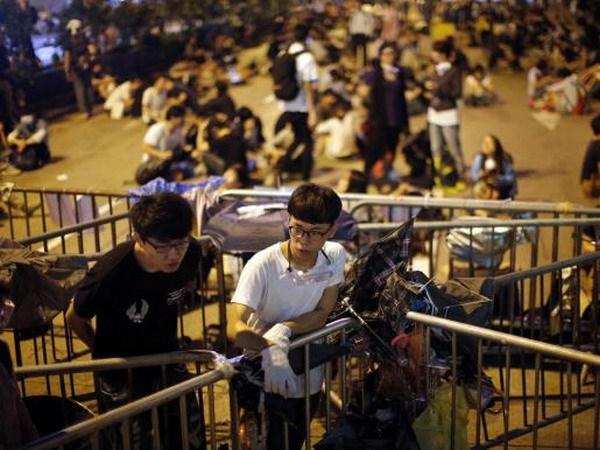 Xung dot o Mong Kok khien tinh hinh Hong Kong them be tac hinh anh 1