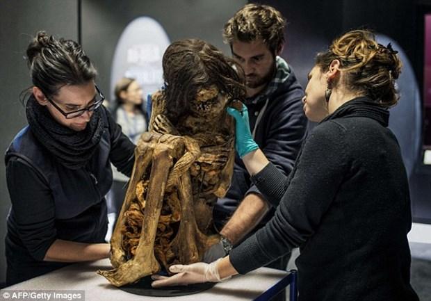 Peru: Xac uop phu nu 1.000 nam tuoi trong tu the ngoi co hinh anh 2
