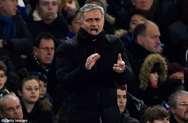 Cau be 6 tuoi gay sot khi de nghi Mourinho lam HLV Aston Villa hinh anh 2