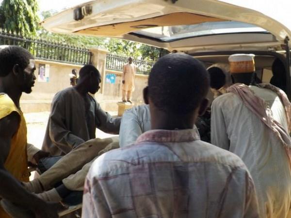 Nigeria: Danh bom xe buyt khien hang chuc nguoi thuong vong hinh anh 1
