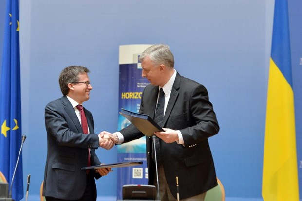 EU va Ukraine ky thoa thuan lien ket ve chuong trinh