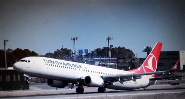 May bay Turkish Airlines lai phai doi huong bay vi goi hanh ly la hinh anh 1