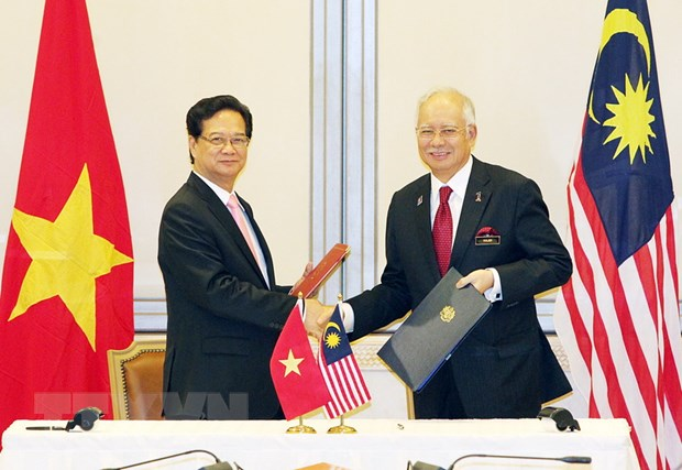 Thu tuong Nguyen Tan Dung hoi dam voi Thu tuong Malaysia Najib Rajak hinh anh 1