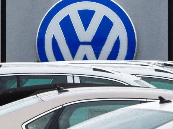 Hang xe Volkswagen bi nguoi tieu dung Han Quoc khoi kien hinh anh 1