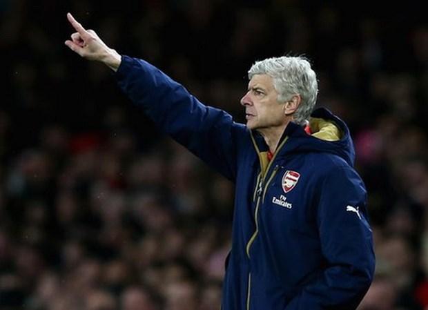 HLV Arsene Wenger ngo ngang khi Arsenal gianh duoc ngoi dau hinh anh 1