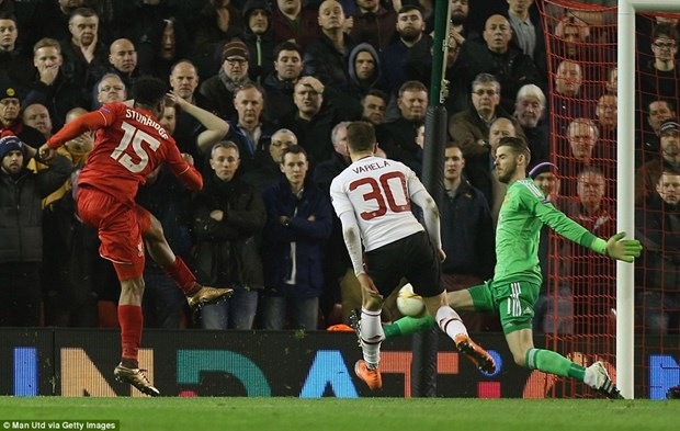 Can canh Liverpool khien Louis van Gaal vo mong lap ky luc hinh anh 1