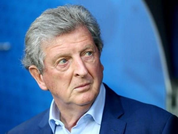 Thua soc Iceland, HLV Roy Hodgson cay dang tuyen bo tu chuc hinh anh 1