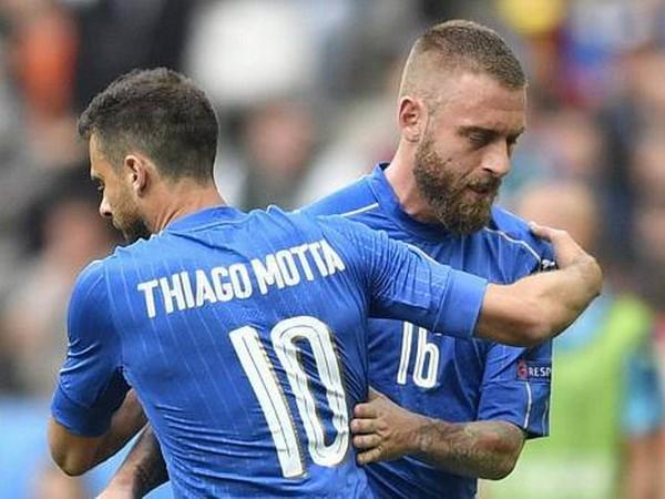 """Doi tuyen Italy ton that nang truoc tran """"sinh tu"""" voi Duc hinh anh 1"""