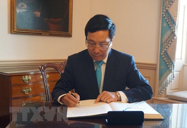 Pho Thu tuong, Bo truong Ngoai giao tham chinh thuc Hoa Ky hinh anh 1