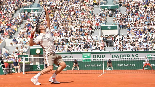 Roland Garros 2019: Roger Federer thiet lap nen ky luc moi hinh anh 1