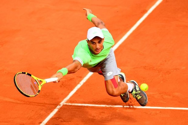 Roland Garros: So 1 the gioi bi loai, tay vot goc Viet dung buoc hinh anh 1