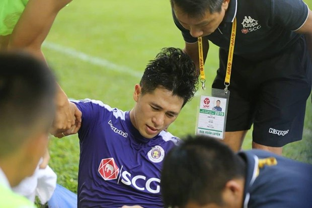 Dinh Trong chan thuong nang, chinh thuc chia tay V-League 2019 hinh anh 1