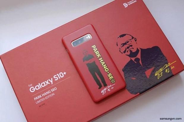 Samsung sap ra mat Galaxy S10+ co hinh anh HLV Park Hang-seo hinh anh 1