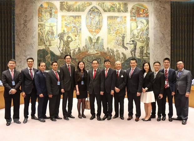 Chuyên gia Nga: Việt Nam khẳng định uy tín quốc tế của đất nước - 1